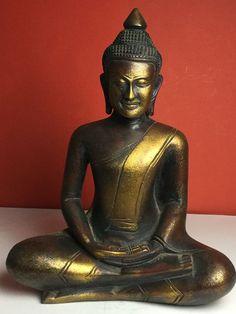 Online veilinghuis Catawiki: Khmer stijl Boeddha in verguld massief hout - Cambodja - Eind 20e eeuw