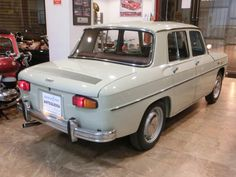 Renault 4, Import Cars, Old Trucks, Vintage Advertisements, Mercedes Benz, Vintage Cars, D1, Cool Cars, Honda