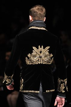 Dolce & Gabbana | Fall 2012 Menswear Collection | Style.com. I love the detail on this blazer!