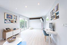 Superbe studio photo en lumière naturelle de Sarah Martinet - Grand baie vitrée - espace lumineux