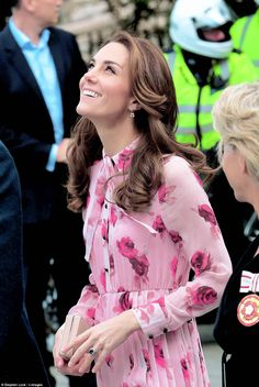 "thecambridgees: """" Catherine, Duchess of Cambridge attends the World Mental Health Day celebration with Heads Together at the London Eye on October 10, 2016 in London, England. "" """