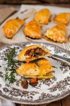 Cornish Pasties with steak, sweet potato and butternut squash. (hand pies),
