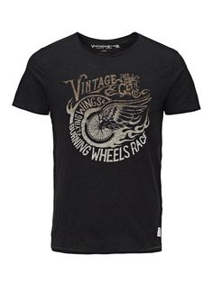 - Slim fit, printed tee with cut and rolled edges - Pure cotton for a soft feel and breathability - Exclusive hand-drawn biker-inspired design - The model is wearing a size L and is 187 cm tall - JACK & JONES VINTAGE CLOTHING