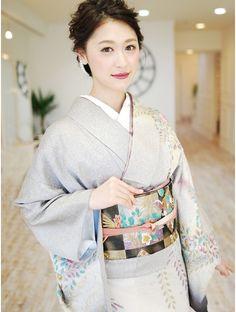 ゲッカビジン(GEKKABIJIN) レンタル訪問着AS-85 35000円《東京着物レンタル/GEKKABIJIN》 Yukata, Up Styles, Short Hair Styles, Asian Photography, Modern Kimono, Wedding Kimono, Hair Arrange, Japanese Outfits, Sexy Older Women