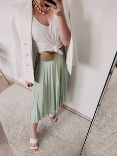 Summer Trends These are the most beautiful fashion trends for a stylish summer! - All About Business Outfit, Business Casual Outfits, Fashion Pants, Fashion Outfits, Womens Fashion, Fashion Tips, Fashion Fashion, Fashion Ideas, German Fashion