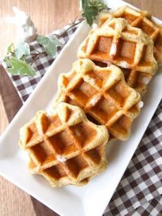 Yummy Waffles, Healthy Drinks, Healthy Recipes, Crepe Pan, Healthy Comfort Food, I Want To Eat, Doughnuts, Scones, Hamburger