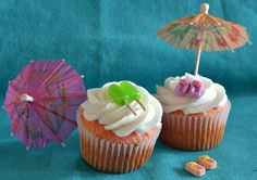 Popsicle and flip flop cupcakes