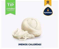 Si buscas una alternativa con menos calorías ¡el Queso Oaxaca NAVARRO es perfecto para ti!