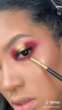 Makeup tutorial, open halo eyes, Norvina vol I Red Eyeshadow Makeup, Halo Eye Makeup, Pink Eyeliner, Eye Makeup Art, Skin Makeup, Creative Eye Makeup, Colorful Eye Makeup, Gold Makeup Looks, Makeup For Brown Eyes