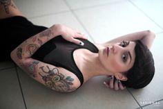 Kathleen Savignac www.kathleen-savignac.com Inked girl tatoo lingerie sensuality light natural france lille skin makeup nude naked ink boudoir