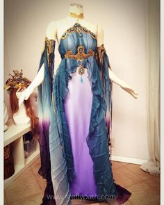 33 Fantasy Clothing for Your Performance Preparation Pretty Outfits, Pretty Dresses, Beautiful Dresses, Cool Outfits, Gorgeous Dress, Fantasy Costumes, Cosplay Costumes, Fairy Costumes, Elf Cosplay