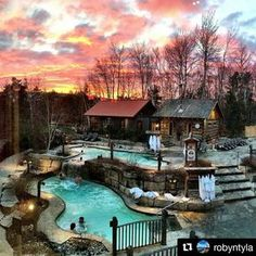 Scandinave Spa Blue Mountain 18 Secret Spots In Ontario You And Your BFF Absolutely Need To Discover This Spring - Narcity Oh The Places You'll Go, Places To Travel, Places To Visit, Dream Vacations, Vacation Spots, Romantic Honeymoon Destinations, Honeymoon Ideas, Cheap Honeymoon, Honeymoon Places