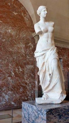 Ancient Greek Art: Venus de Milo. One of the most recognized pieces of Greek art.