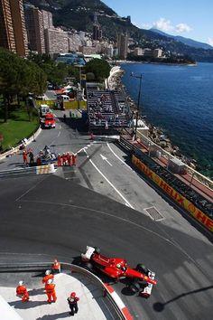 モナコでフェラーリの優勝を目撃する