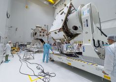 The BepiColombo mission's Mercury Planetary Orbiter and Mercury Transfer Module undergo electrical testing at the Guiana Space Center. Credit: ESA/CNES/Arianespace – Photo Optique Video du CSG – S. Martin