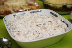 meat balls with mayonnaise and onion sauce Onion Sauce, Christmas Cooking, Mayonnaise, Coconut Flakes, Easter Crafts, Alter, Macaroni And Cheese, Cabbage, Recipies