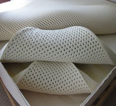 Natural Mattress – Give yourself the benefit of sleeping better - Decoration 4 Wool Pillows, Bed Pillows, Latex Mattress, Foam Mattress, Natural Bedding, Natural Latex, Best Mattress, Mattress Protector, Good Sleep