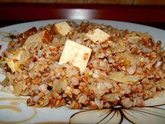 """Pohanka s uzeným tofu a kyselým zelím + """" škvarková """" pomazánka ~ KARIZÓNA… Tofu, Seitan, Quinoa, Grains, Rice, Gluten Free, Recipes, Fitness, Bulgur"""