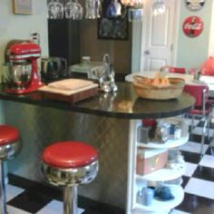 I want a 50's Diner kitchen in our basement! Would be so much fun!