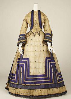 Acima: vestido de 1863-1864. The Metropolitan Museum of Art
