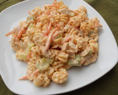 Buffalo chicken pasta salad, YES PLEASE!! Hands down best EVER!