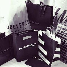 Me no importar ir de compras.