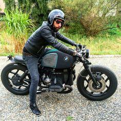 #bratstyle  #BMW #r80 custom bikes Cafe Racer Style, Bmw Cafe Racer, Cafe Racers, Bmw Motorbikes, Bmw Boxer, R80, Moto Bike, Moto Style, Bike Design