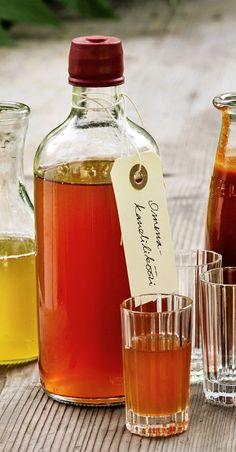 Täyteläinen likööri sopii glögiin. Reseptin on laatinut Samuli Kolehmainen Glorian ruoka & viinin säilöntäkilpailuun.