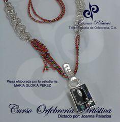 Collar realizado por nuestra estudiante egresada MARIA GLORIA PEREZ