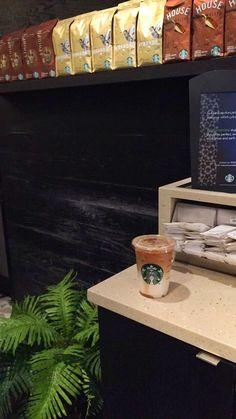 #coffee V60 Coffee, Coffee Break, Coffee Maker, Kitchen Appliances, Diy Kitchen Appliances, Home Appliances, Drip Coffee Maker, Appliances, Coffeemaker