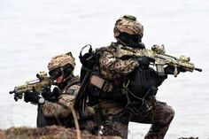 "german ksk special forces | Combat divers ""Kampfschwimmer"" of German special naval forces are ..."