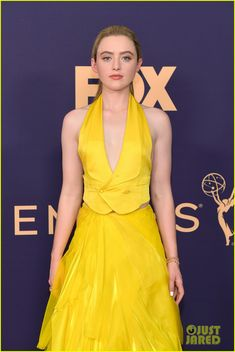 Kathryn Newton Emmys 2019 Kathryn Newton, Glamour Makeup, Celebs, Celebrities, Celebrity Photos, Wrap Dress, Awards, Formal Dresses, Microsoft