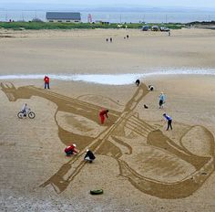 Strad on the Sand': beach drawing marks opening of East Neuk Festival - The…