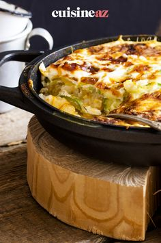 Ce gratin de courgettes au chèvre est un accompagnement facile à cuisiner au Thermomix. #recette#cuisine#gratin#courgette #chevre #robot #robotculinaire #thermomix Quiche, Macaroni And Cheese, Breakfast, Ethnic Recipes, Food, Cooking Food, Morning Coffee, Mac And Cheese, Essen