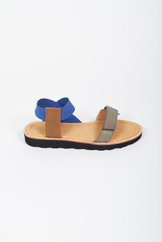 S06 Maria Paz sandals_khaki 01