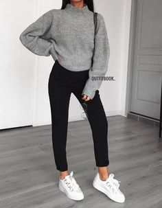 Cute Legging Outfits for Summer Legging Outfits, Leggings Outfit Fall, Cute Outfits With Leggings, Athleisure Outfits, Outfit Jeans, Athleisure Fashion, Dad Outfit, Sweatpants Outfit, White Leggings