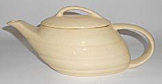 Bauer Pottery Gpk Aladdin Ivory Teapot W/lid