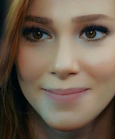 Prettiest Actresses, Beautiful Actresses, Ginger Hair Color, I Love Redheads, Elcin Sangu, Lovely Eyes, Gorgeous Redhead, Turkish Beauty, Just Smile