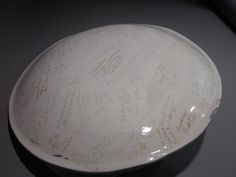 Wedding Platter Reverse side, signed by all guests at wedding reception.   $450.00 Place Settings, Platter, Dinnerware, Serving Bowls, Wedding Reception, Clay, Vase, Mugs, Tableware