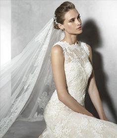 https://flic.kr/p/C5FRrg | Trouwjurken | Trouwjurken vintage, Moderne Trouwjurken, Korte trouwjurken, Avondjurken, Wedding Dress, Wedding Dresses | www.popo-shoes.nl