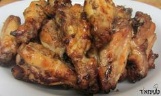 Do you just love wings in special marinades? You have to try this recipes of wings in an Asian marinade! The wings sit in a sweet-spicy-salty-sour marinade (which is actually quite light) which melts and caramelizes in the oven, thus creating a wonderful dinning experience for anyone who gets their hands on these wings!