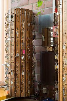 Hall interior; Project: Jan Szymański, Andrzej Jaworski, Jerzy Andrzej Krzewiński; Toruń, 1972 ul. Gagarina 11 Interior preserved; Photographer: Tytus Szabelski.  #polish #architecture #modern #interiorarchitecture #hall #toruń