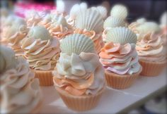 Very nice cupcake soaps! I think I just bought the frosting tip that makes that wave.