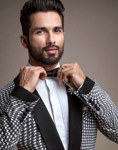Shahid Kapoor. Trendy Mens Hairstyles, Haircuts For Men, Superstar, Javier Fernandez, Glamour World, Classic Tuxedo, Shahid Kapoor, Varun Dhawan, Dapper Gentleman