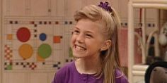 Here's which 'Full House' cast members are — and are not — returning for Netflix's spinoff show Stephanie Tanner Full House, Michelle Tanner, Full House Cast, Full House Tv Show, Full House Quizzes, Fuller House Characters, Dj Tanner, Uncle Jesse, Band Outfits
