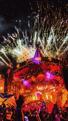 Lollapalooza, Coachella, Tomorrowland Festival, Like Mike, Edm Festival, Best Dj, Armin Van Buuren, Dj Music, Electronic Music