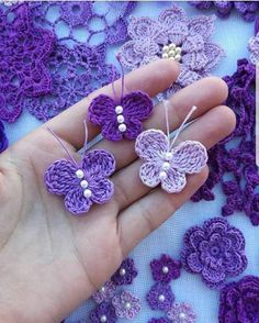 Crochet butterfly pattern by bautawitch – Artofit You can find more step by step here: Crochet flowers No photo description available. Crochet Diy, Crochet Birds, Crochet Motifs, Crochet Crafts, Crochet Projects, Diy Crafts, Crochet Chain, Crochet Butterfly Free Pattern, Crochet Flower Patterns