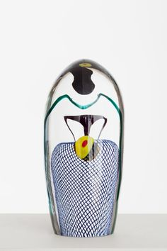 Kuala Lumpuri Oiva Toikka 2012 43 x 19 cm Hand blown glass GF 6091 Glass Design, Design Art, Art Of Glass, Unusual Art, Glass Birds, Glass Paperweights, Glass Ceramic, Hand Blown Glass, Colored Glass