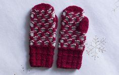 Lasten lapaset x 7 – katso ohjeet ja äänestä kivoimmat! - Kotiliesi.fi Mittens, Gloves, Knitting, Crafts, Diy, Villas, Craft Ideas, Linen Fabric, Fingerless Mitts