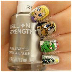 I love the grinch & dog nail!